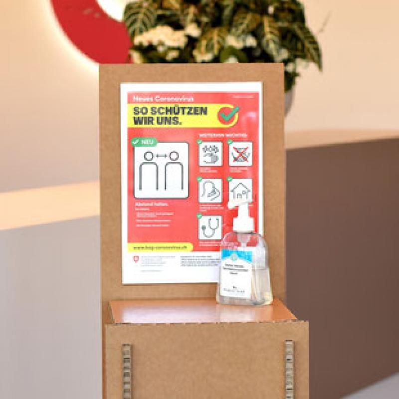 kundenstopper-100-karton-abstellen-desinfektionsmittel